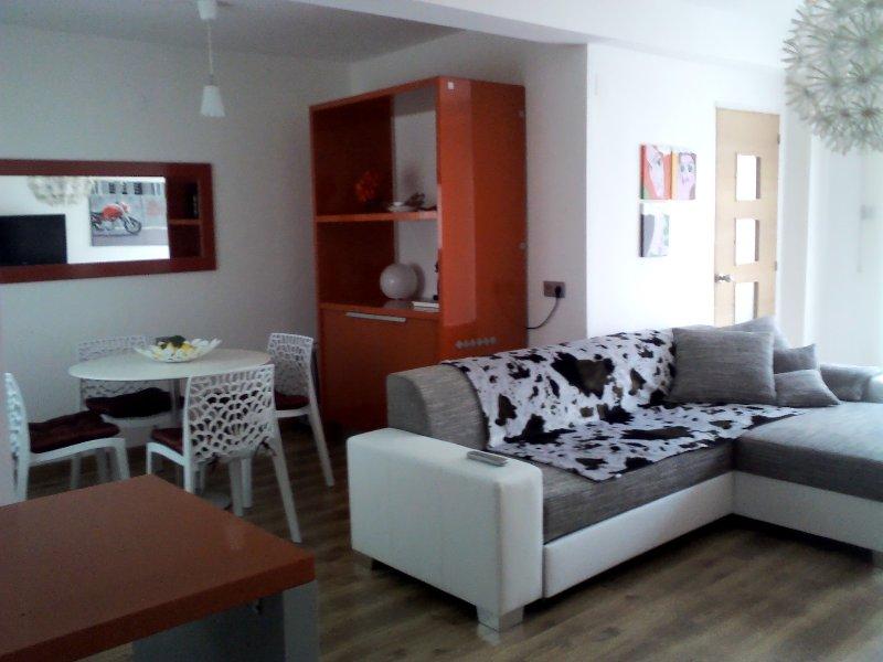 Valencia City of Arts, WiFi, beach playa, port, holiday rental in Valencia