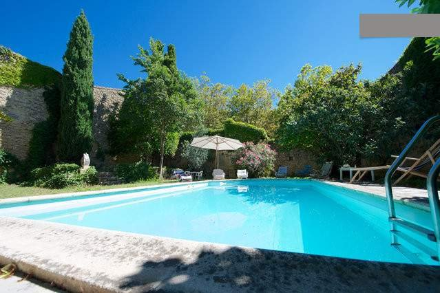 Maison vendangeurs avec piscine, holiday rental in Gallargues-le-Montueux