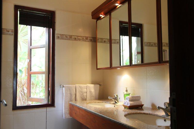 Bahagia bathroom
