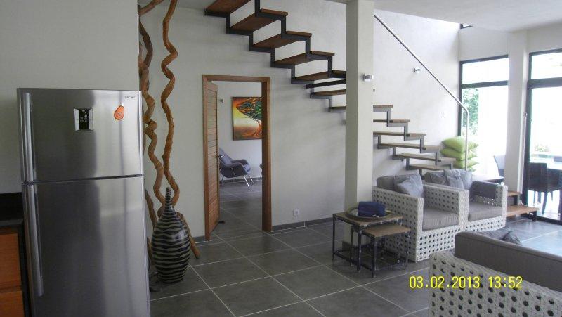 Wohnbereich mit Treppe zum 2. Schlafzimmer