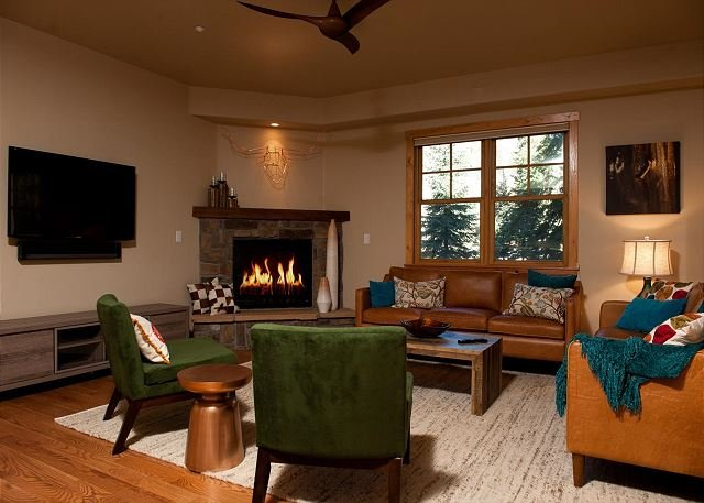 Largest Black Bear Townhome - Ping Pong Table - on Demand Ski Shuttle, holiday rental in Durango