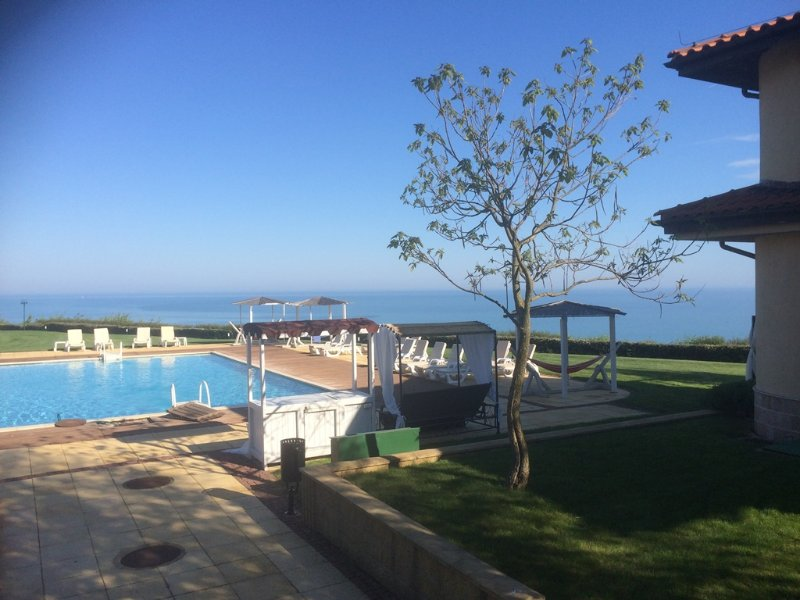 luxury 3bed Golf villa, holiday rental in Balgarevo