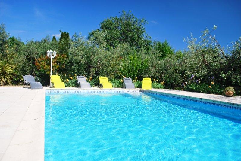 Transats, soleil et piscine...