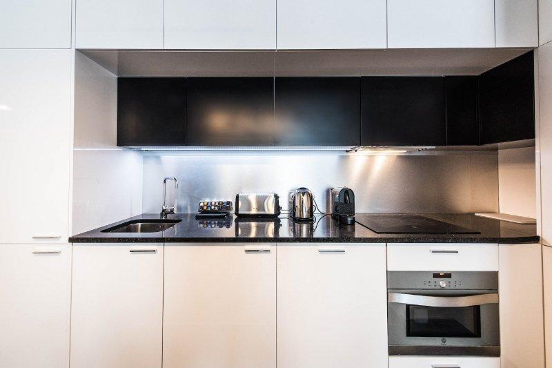 Fully equiped kitchen / Cuisine tout équipée