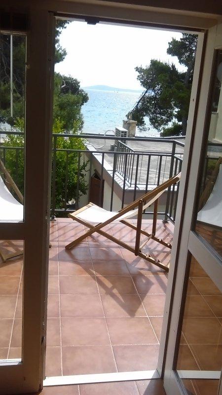 Vista al mar desde la terraza de la sala de estar