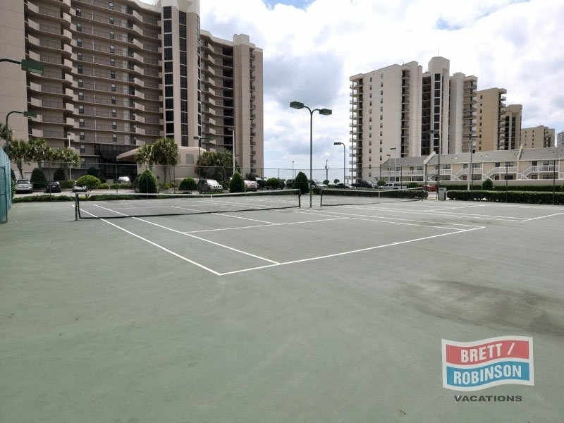 Phoenix East Orange Beach tennis courts.jpg