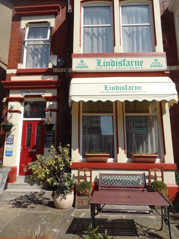 Holiday Apartment 6 in Blackpool Sleeps 4 People - UPDATED ...