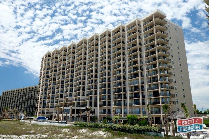 Phoenix East Orange Beach amenities (15 of 16).jpg