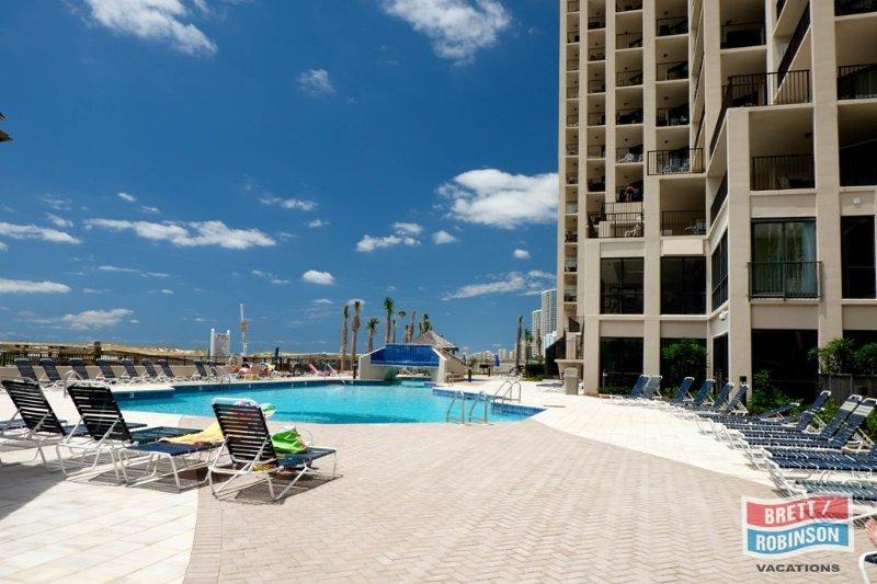 Phoenix East Orange Beach amenities (2 of 16).jpg