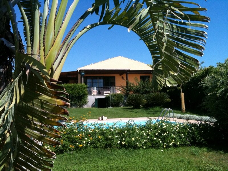 Villa with private pool panoramic view of the sea, casa vacanza a Sampieri