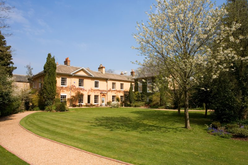 5* large house party property -Tone Dale House for 21 + 10 separate hire Stables, holiday rental in Cotford St Luke
