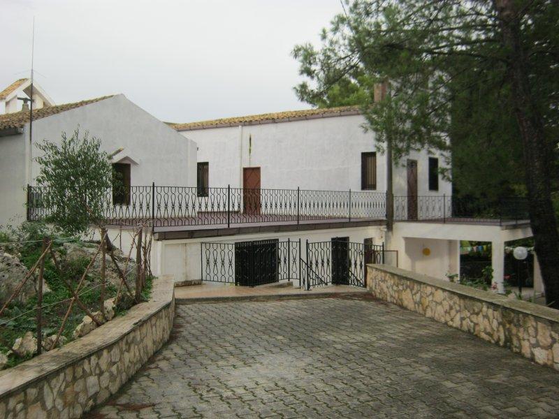 l'albero amico, vacation rental in Aragona