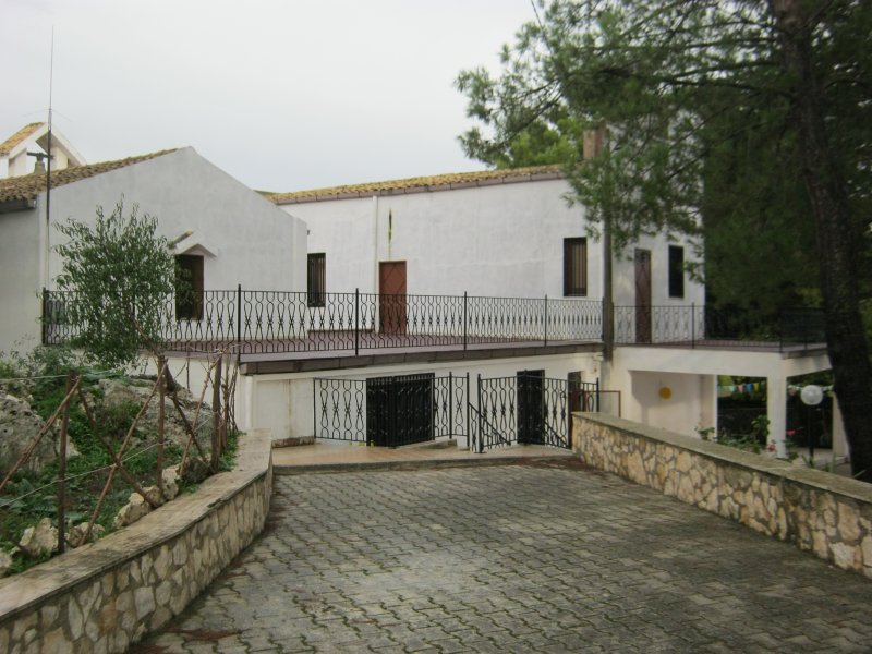 l'albero amico, location de vacances à Aragona