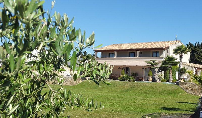 Stunning B&B Resort, Maussane, Provence, location de vacances à Maussane-les-Alpilles