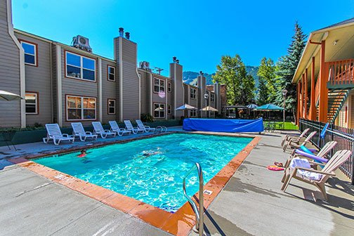 2BR Jackson Hole Towncenter close to Town Square, holiday rental in Jackson