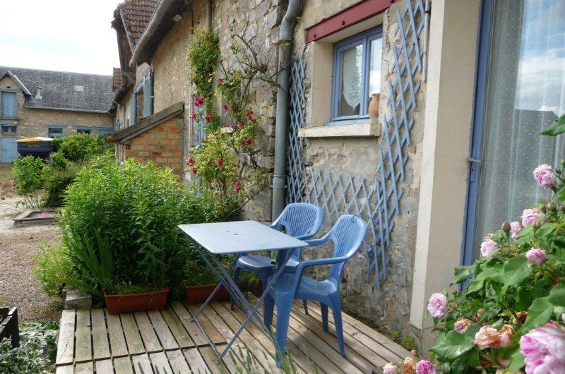 la campagne proche de PARIS e t Fontainebleau, holiday rental in Milly-la-Foret