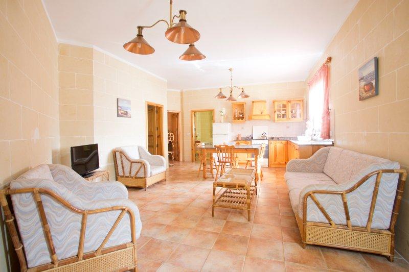 Apartment in Marsalforn Gozo 2, holiday rental in Marsalforn