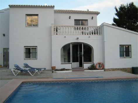 Fabulous Villa with Large Pool and private garden, holiday rental in Calpe