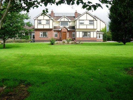 Redwood Guest House & Holiday Apartments, holiday rental in Kilcummin