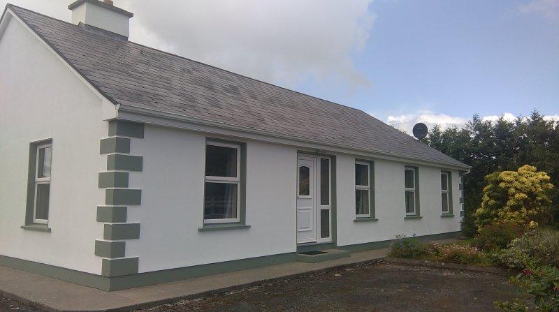 Carrabaun Holiday Home, location de vacances à Castlebar