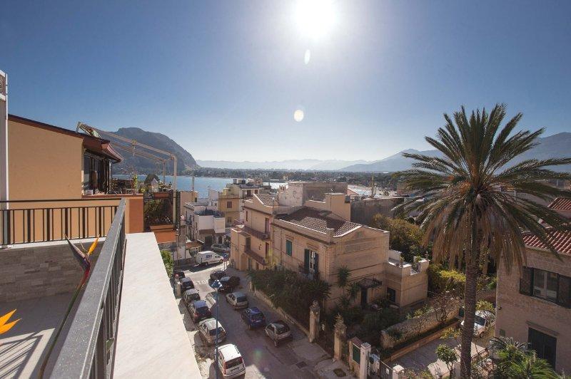 Appartamento 'Belvedere', vacation rental in Raffo