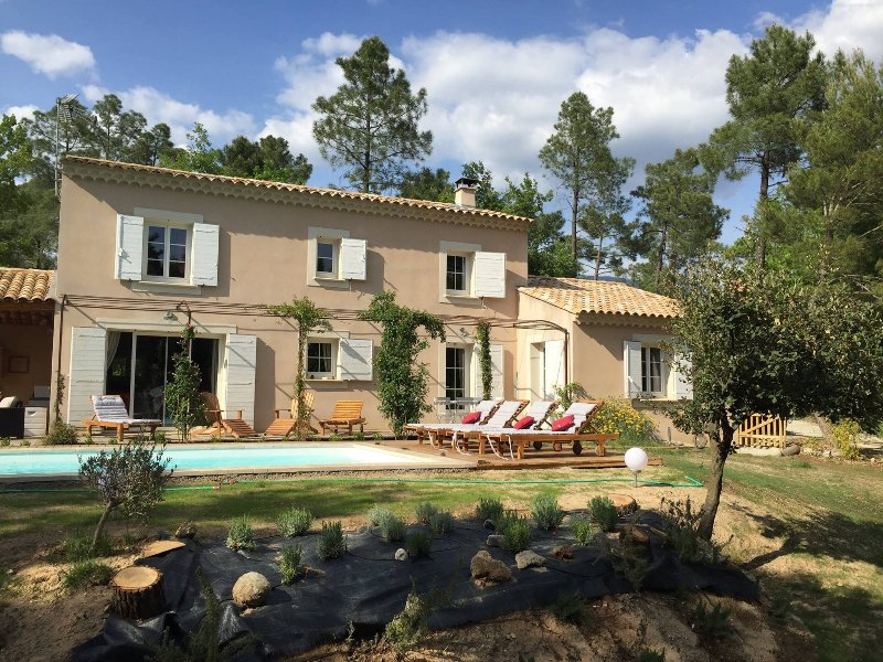 Magnificent Provençal style house, holiday rental in Saint-Pierre de Vassols