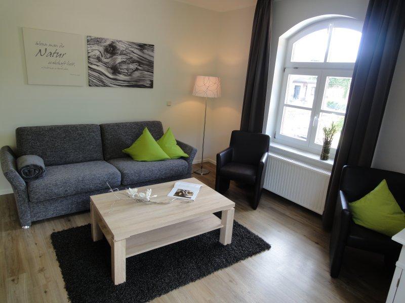 Herzlich Willkommen im Ferienappartement-Sophie im schönen Eichsfeld!, holiday rental in Teistungen