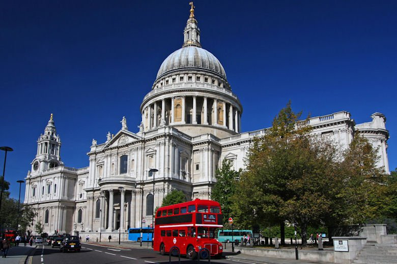 Take the number 15 bus 5 minutes up the road to see St Pauls.