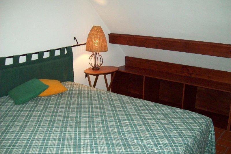 Graziosa mansarda in affitto, vacation rental in Udine
