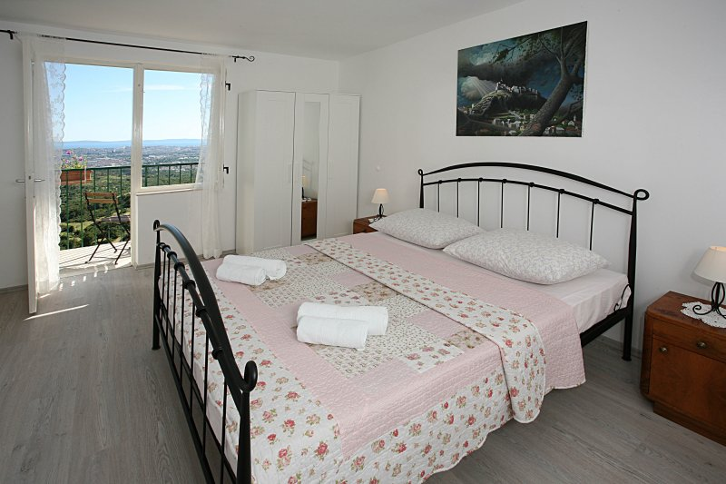 Miklica House, holiday rental in Klis