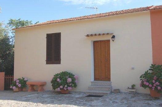 Lubagnu vacanze -appartamento D, holiday rental in Nulvi