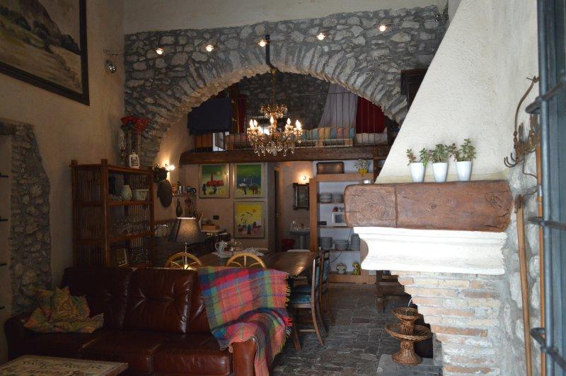 Alla Cantina di Consari, Ausonia, Relax, Borgo, holiday rental in Castelnuovo Parano