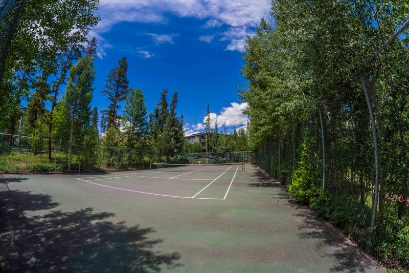 Treehouse Tennis Court