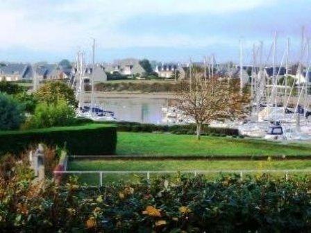 Appartement 2 pièces vue sur Chenal et Port, vacation rental in Arzon