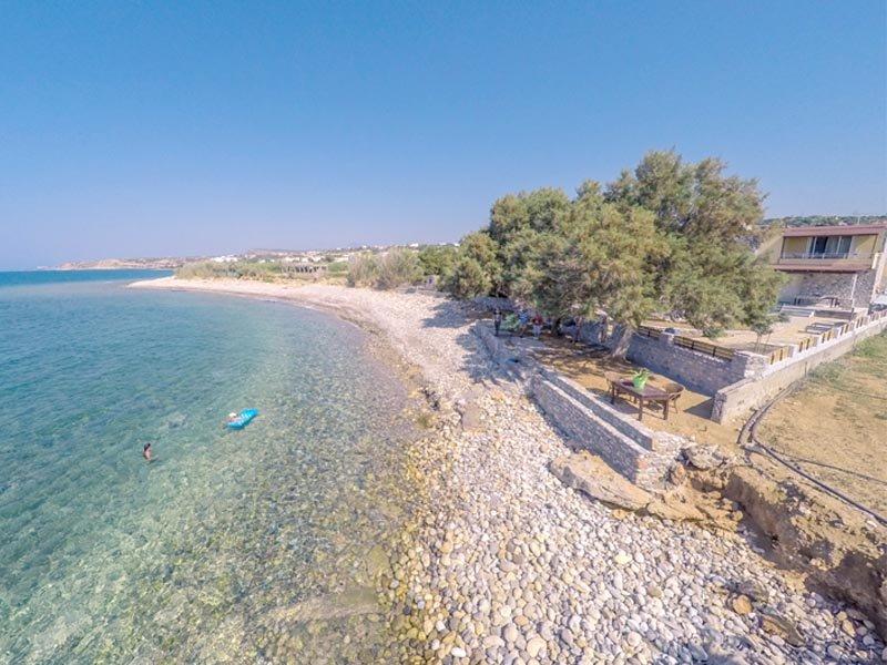 Thalassa. Villa/Maison de vacances,les pieds dans l'eau, vacation rental in Stavromenos Rethymnis