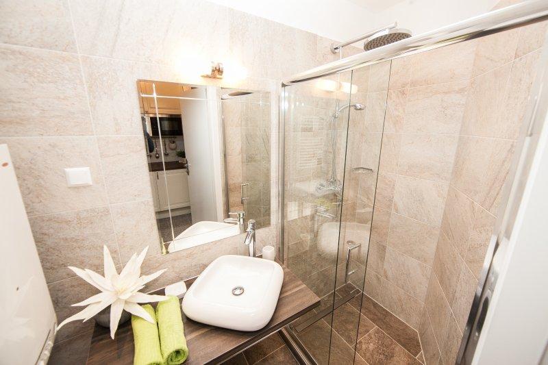 Traditional Apartments Vienna - Entire, holiday rental in Leopoldsdorf im Marchfelde