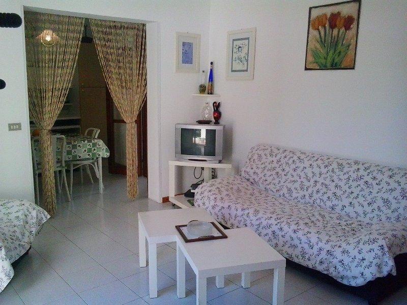 GALLIPOLI APPARTAMENTO 4 PERSONE A SANTA CATERINA, vacation rental in Nardo