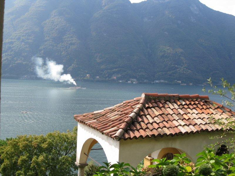 lemons balcony Lake Como