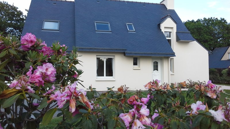 Maison Beg Meil au bord de mer/close to the beach, vacation rental in Fouesnant