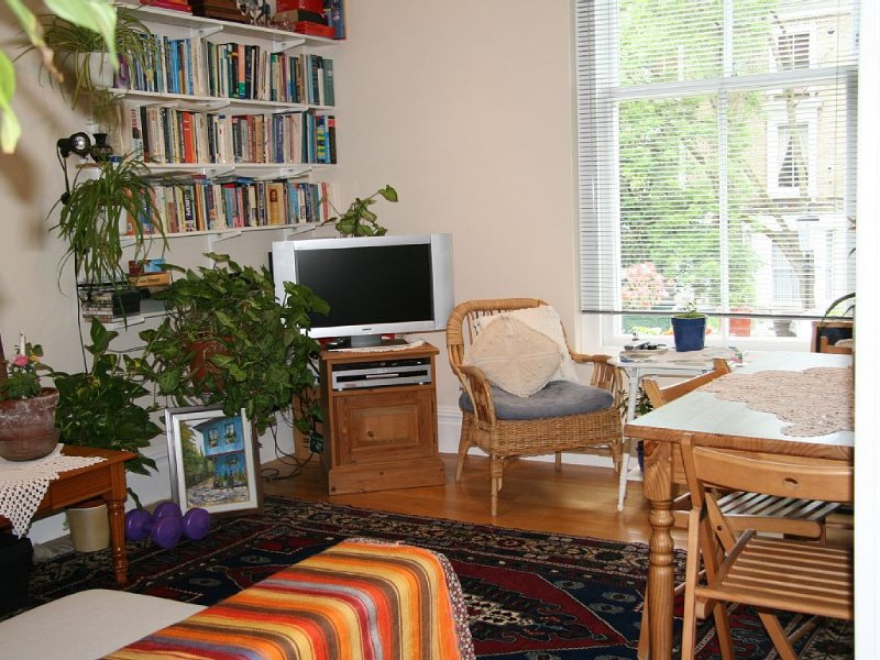 Kensington, 1 double room/flat in London, Kensington & Chelsea for professionals, Ferienwohnung in Willesden