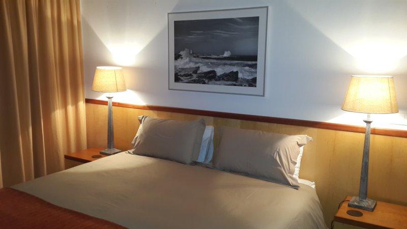 Bedroom, King size bed with bathroom en- suite. Garden view