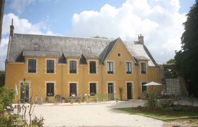 La maison jaune, location de vacances à Vierville-sur-Mer