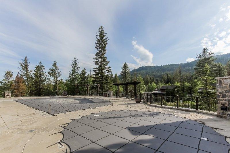 Lodge 414 - Mountain view