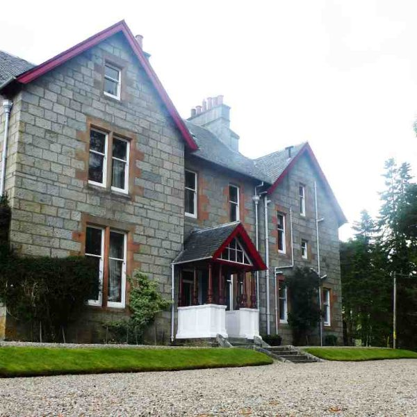 This holiday let is situated in a 35000 acre private estate - plenty of space to get away from civilisation!