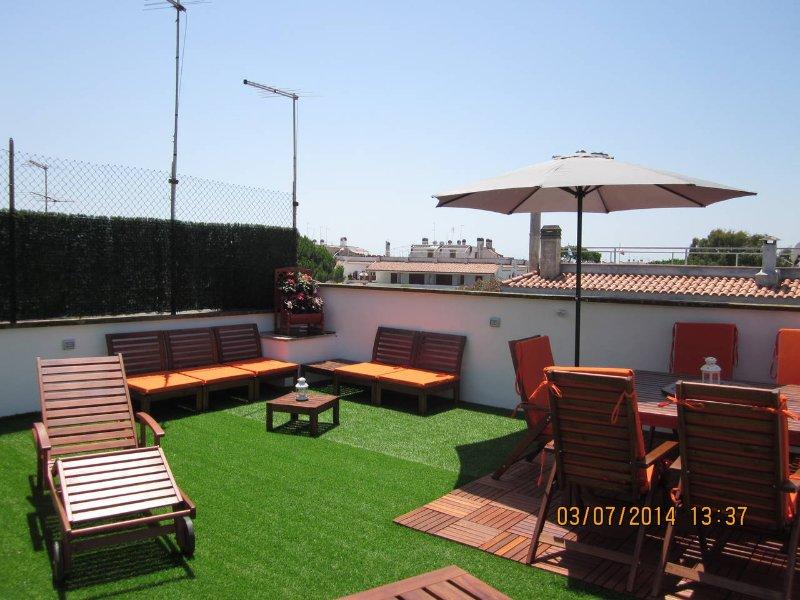 A UN PALMO DAL BLU E A POCHI PASSI DA ROMA, vacation rental in Ardea