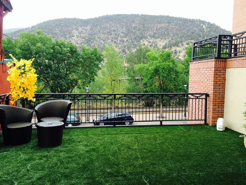 420 LOFT a smoker friendly in the Rocky Mountains, vacation rental in Glenwood Springs