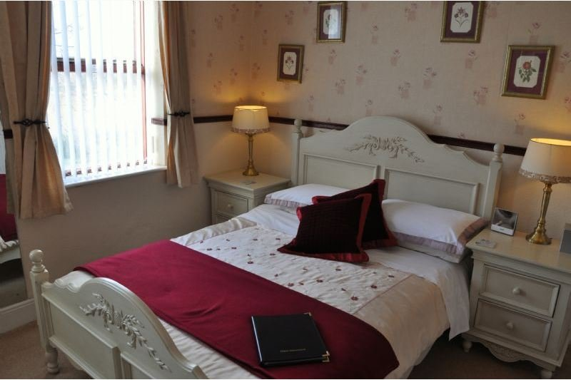 Brook House Double En-suite Room 4, holiday rental in Weedon