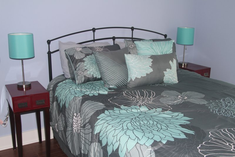 One Bedroom - Queen Size Bed