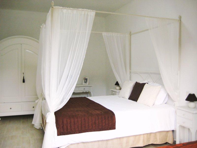 Bedroom n° 1 / Prima camera