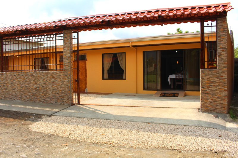 Front of the house. Located in a typical, local Costa Rican neighbourhood.